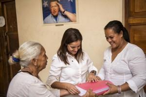 Karin Salanova, diputada 112 de la MUD. La Victoria, 16/12/15. © Gabriel Osorio
